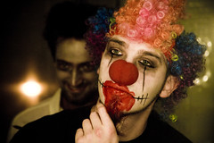 Haloween CLown (Paulchen...mostly off. :)) Tags: light red nose person mirror clown haloween farbig zwei paulchen kostm kostuem komi dressedinblack personn pmesw mattse