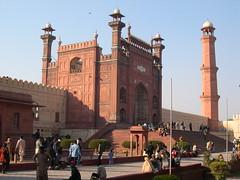Badshahi Mosque, Lahore (John Steedman) Tags: pakistan mosque punjab lahore badshahimosque باكستان پاکستان لاهور پنجاب パキスタン بادشاھیمسجد