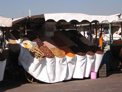 Stand in Jamaa el-Fnaa, Marrakech (Indie) Tags: stand morocco marocco marrakech cereals bancarella cereali jamaaelfnaa