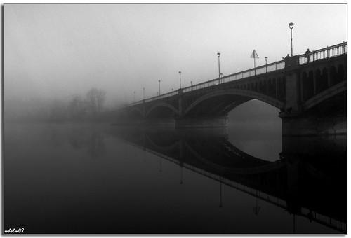 salamanca, el río, el puente y la niebla