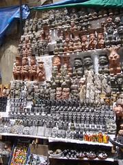 La Paz statues