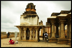 Shravenabelagola temple