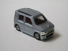 Suzuki Wagon R (nighteye) Tags: wagon r suzuki tomy 157 tomica no71
