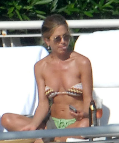 Jennifer Aniston Sunbathing