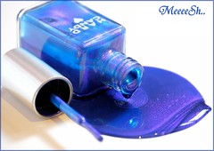 Hard Candy (MeeeeSh..) Tags: blue beautiful candy hard manicure secrets