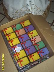 SOAPS 524 (Natural Emporio do Banho Soaps,since 2004) Tags: handmade artesanal craft botão sabonete meltandpour glicerina feitoamão alfineteiro agulheiro sabonetelíquido botãoforrado sabonetebarra kitbanho fuxicotecido saboneteartesanal lembrancinhasabonete
