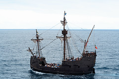 Santa Mara, a replica of Columbus's ship (Fi20100) Tags: ocean columbus sea vacation holiday portugal honeymoon ship 85mm tourists atlantic replica santamaria 85 madeira atlanticocean funchal galleon 15thcentury 8518 santamara ilmare cliffbay canonrebelxt350d canonef85mmf18usm ilustrarportugal