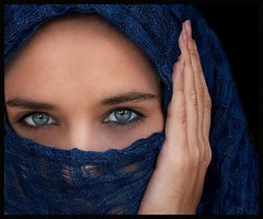 her eyes (Ranoush.) Tags: eyes hijab niqab viel muslima