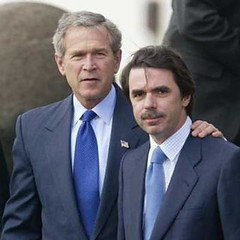 George W. Bush y Jose María Aznar