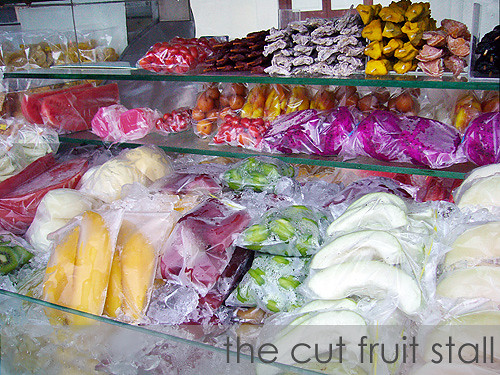 cut fruit stall