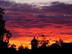 Hilsbach in der Abendsonne (Napfekarl) Tags: sunset sky skyline sunrise landscape sonnenuntergang himmel landschaft wasserturm abendrot sinsheim kraichgau hilsbach