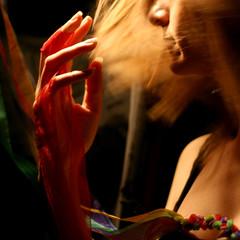 Mossa da una continua ricerca (luce_eee) Tags: light red woman project studio rouge hand terry canon50mmf18 ricerca quadrato canon400d statidanimo mossoartistico manualprogram concorsofotocolture mossadaunacontinuaricerca concorsofotocolture04lemani fuoriformato