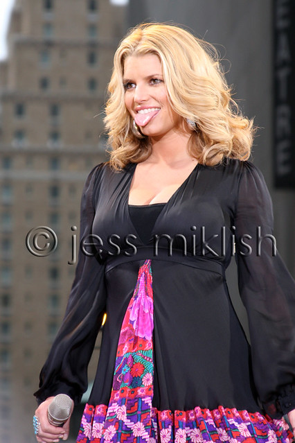Jessica Simpson / GMA 9/9 by Jess Miklish Photography