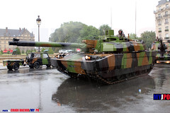 BDQJ10-0366 (milinme.myjpo) Tags: frencharmy leclerc mbt 4erégimentdedragons 4erd esplanadedesinvalides paris tank char armée 14juillet bastilleday armoured armored