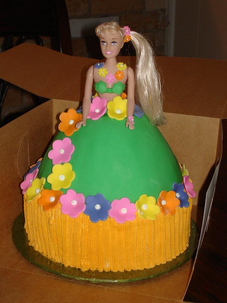 Hula Doll Cake