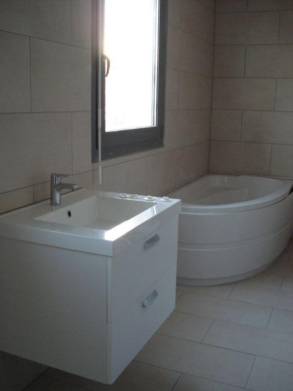 GuestBathroom4