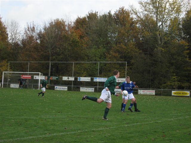 voetbal 02-11-07 037