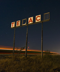 _ _ X _ _ O (Noel Kerns) Tags: abandoned oklahoma station night route66 gas hydro texaco i40 ih40