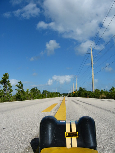 Flat roads on Highway 905, Florida, USA