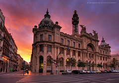 Valencia's Post Office building under a 'burning' sky (Salva del Saz) Tags: sky espaa valencia canon eos office spain post burning cielo fuego 1022mm hdr highdynamicrange 1022 correos efs1022mm ardiente firstquality 40d lovemyflickrfriends salvadordelsaz salvadelsaz classicvalencia lovemy1022mmlenses ylihlm loveisthekeyloveistheanswer