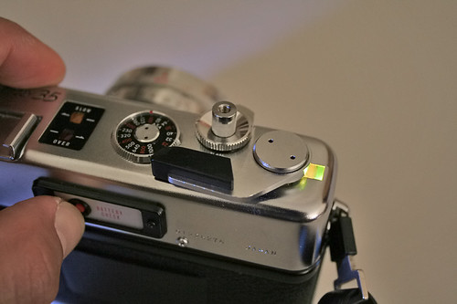 DIY - Yashica Electro 35 - Replace ur 'zed batery - #11