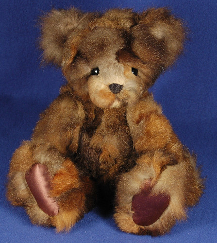 14 inch recycled mink bear by Laura Lynn - Teddy Bear Artist