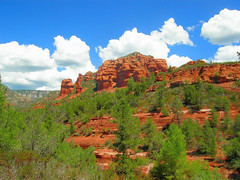 Hiking to Secret Canyon in Sedona Arizona