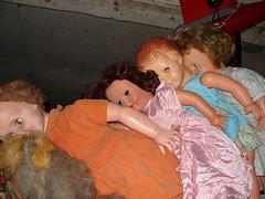 dead dolls (Johnny gazole) Tags: dolls poupées