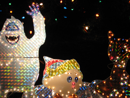 revisiting the tackiest xmas display in america