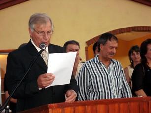 Enrique Baum Int. de Pampayasta bridando su discurso
