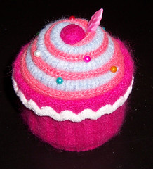 Cupcake - Betz White