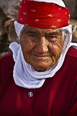 Old Assyrian/Syriac woman (Izla Kaya Bardavid) Tags: portrait people woman color smile face smiling lady turkey happy photo village faces joy oldwoman oldpeople picturesque mesopotamia turabdin assyrian syriac mywinners southeastturkey diamondclassphotographer flickrdiamond nikonphoto