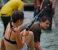 Water fight on Deak Ferenc ter (bousinka) Tags: water pool girl fight hungary budapest august 2009 deak ter ferenc godor