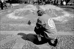 05'er und sein Entchen (manni39) Tags: vintage 05 28mm el vintagecamera nikkor mainz nikkormat mainz05 luckyfilm primelens nikkor28mm35 festbrennweite nikkormatel