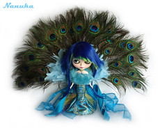 *Dama* Lady Feathers (*NaNuKa*) Tags: blue green lady doll feathers peacock blythe custom takara dama nanuka