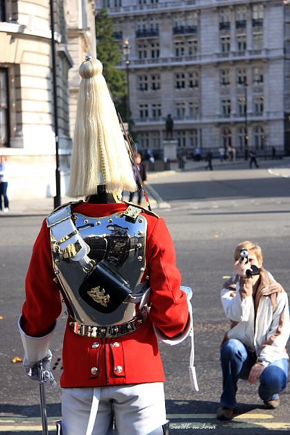 Guard @ London
