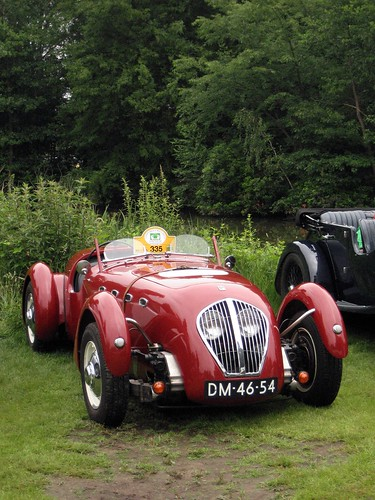 25- Healey Silverstone with