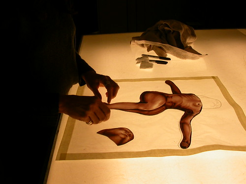 Judith Schaechter, assembling the figure