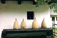 Bran - Village Museum - Muzeul Satului (jrozwado) Tags: europe romania transylvania beehive bran traditionalculture ethnography villagemuseum folkculture românia wallachia muzeulsatului beeskep