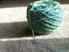 Crappy green yarn!
