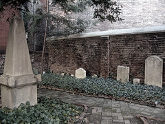 Early 19th C NYC Graves on path by Lanterna, on Flickr