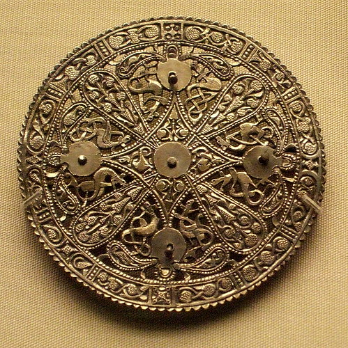 Sutton Hoo - Anglo-Saxon purse lid by Kotomi_