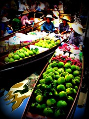 Damnoen Saduak Floating Market, Thailand (Aneta & Mark's) Tags: frutas thailand seasia market floating mercado thai vegetales lpfloating