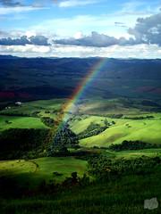 Magia - Trip Andradas (Jorge L. Gazzano) Tags: paisagem explore parapente picodogavião arcoíris vôolivre duetos flickrchallengewinner sonyh9 excellentphotographerawards jorgelgazzano