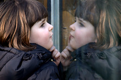 in the zoo (olszuffka) Tags: girls woman reflection window kids children mirror women child femme frau kobiety kobieta zoofrancegirl