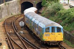 483 006 - Ryde Tunnel (Neil Pulling) Tags: isleofwight londonunderground isle southwesttrains stagecoach wight ryde tubetrain islandline 1938stock class483 483006