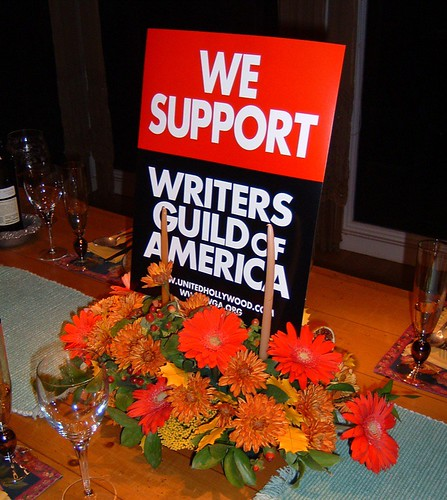 """We Support The Writers Guild of America"" Thanksgiving table centerpiece in Santa Cruz! (Nov. 22, 2007)"