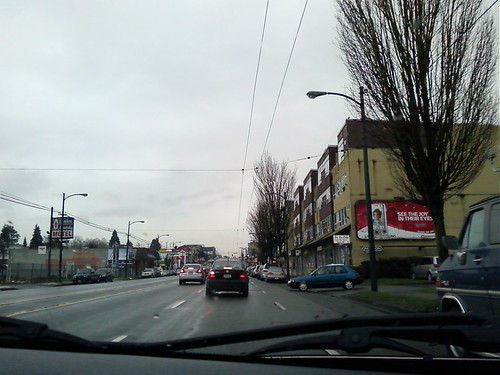 Kingsway near Victoria Drive - no snow
