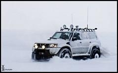 On the Run (.:: Gunz ::.) Tags: iceland glaciar patrol langjkull gylfi tivist reykjalin 44inch reykjaln