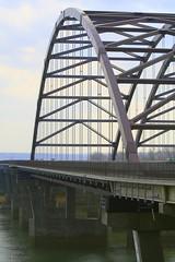 Veterans Memorial Bridge (Cindy シンデイー) Tags: bridge river memorial stlouis mo missouri veteran goldstaraward